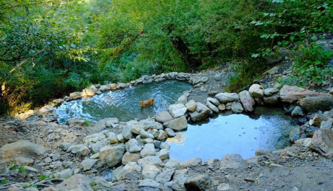 LOST TRACK Reiseblog Frankreich Prat de Balaguer Hot Springs Hot Pools Hippie Life Nacktbaden Hippie Place